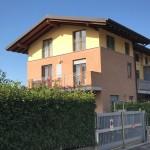 SCANZOROSCIATE - appartamento in villa al piano superiore